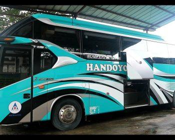 Cegah Penyebaran COVID-19, PO Handoyo Luncurkan Bus Hino Social Distancing